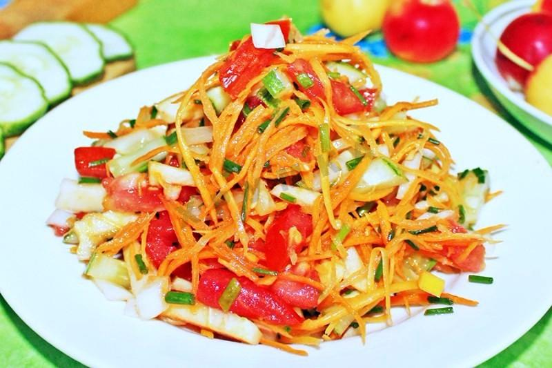 Cucumbers, carrots and apples salad