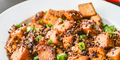 Spicy Garlic Soy Tofu in 10 minutes